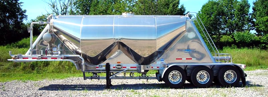Featuring MAC and Jet Trailers